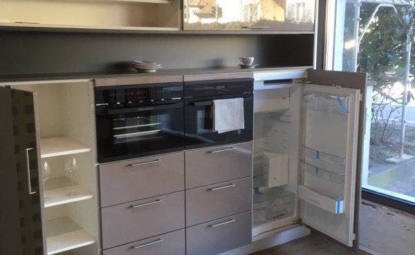 ausstellungsk che la corte angebote k chenstudio cucine dan k chen. Black Bedroom Furniture Sets. Home Design Ideas