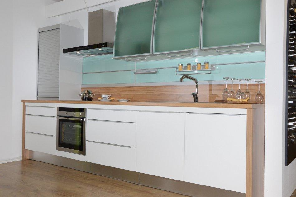 toplux ausstellungsk che la corte angebote k chenstudio cucine dan k chen. Black Bedroom Furniture Sets. Home Design Ideas